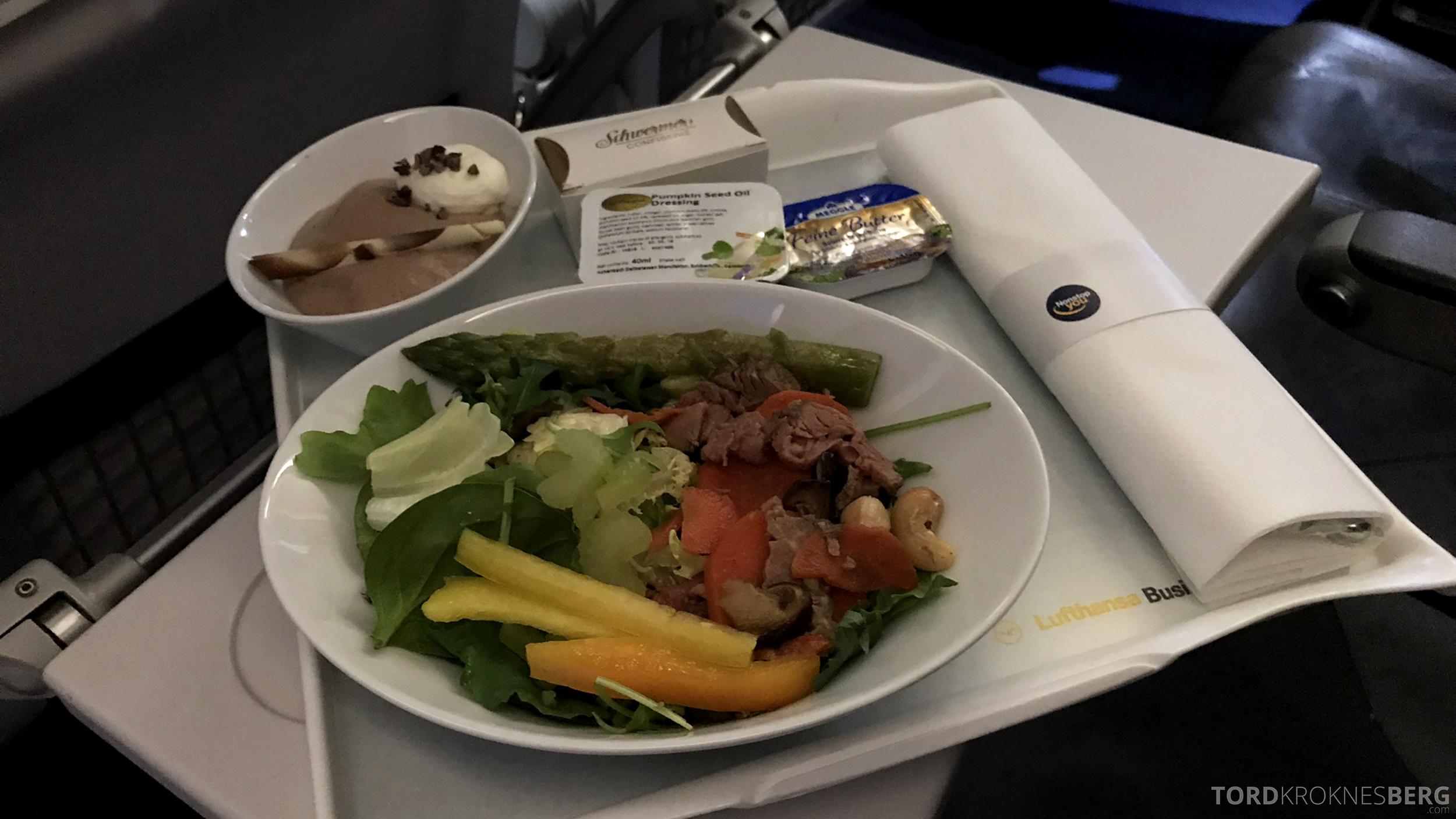 Lufthansa Business Class Oslo Rome salat