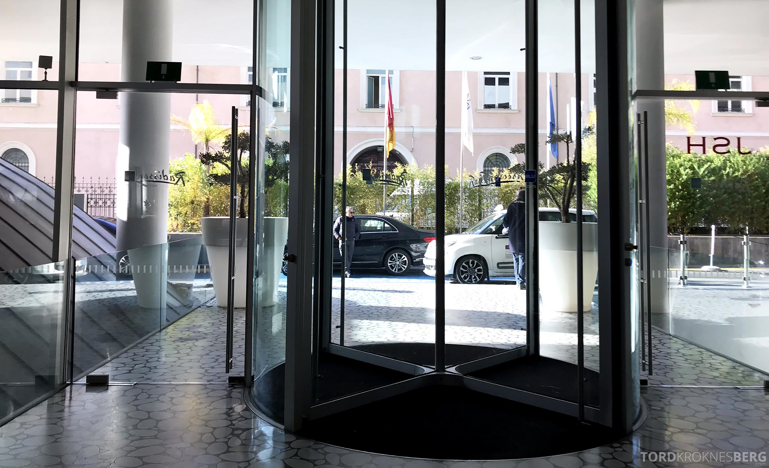 Radisson Blu Rome Hotel inngangsparti