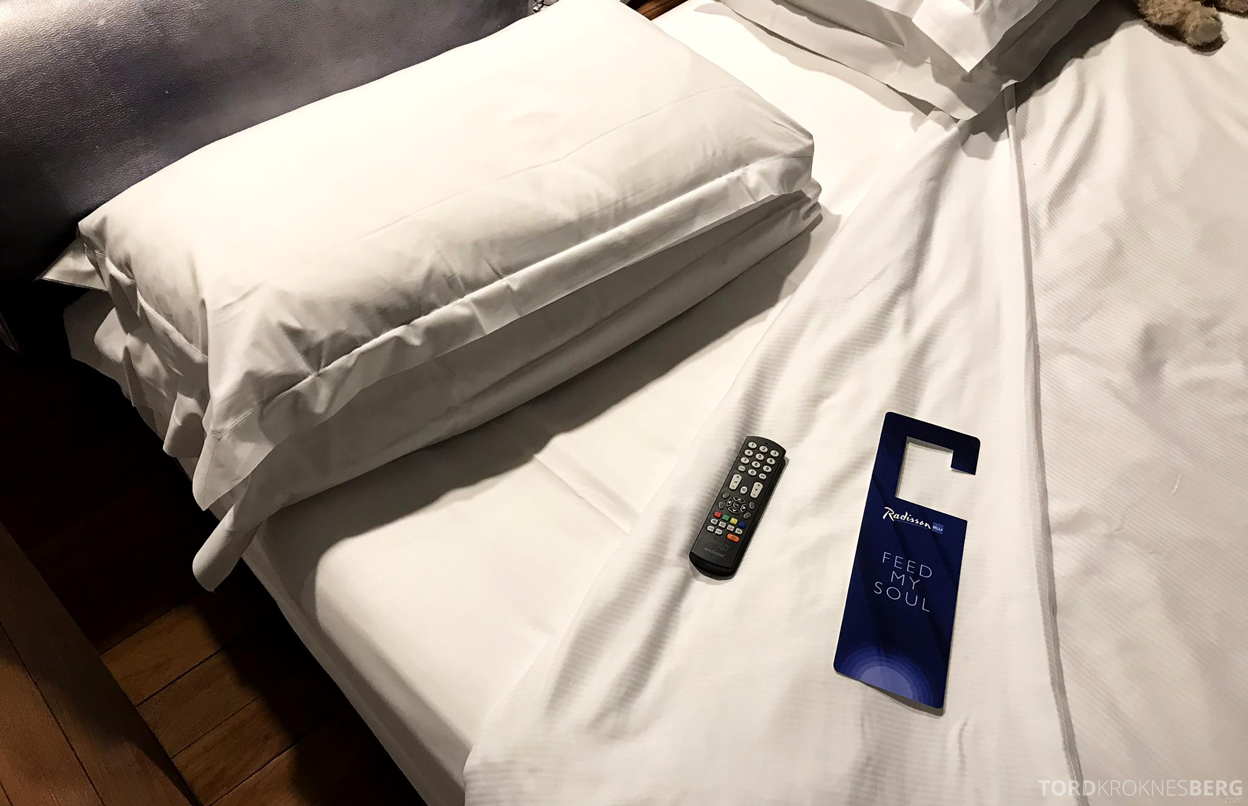 Radisson Blu Rome Hotel turndown service