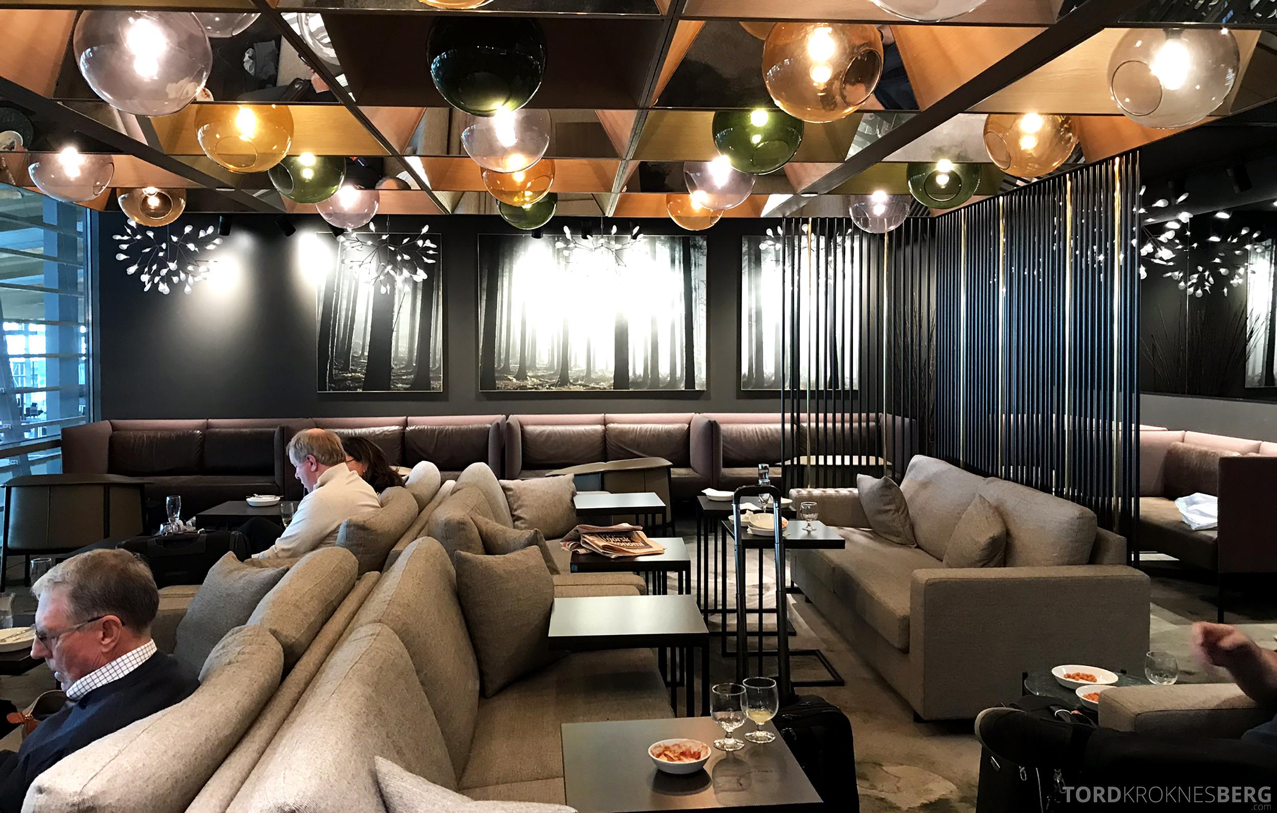 OSL Lounge Gardermoen sofa
