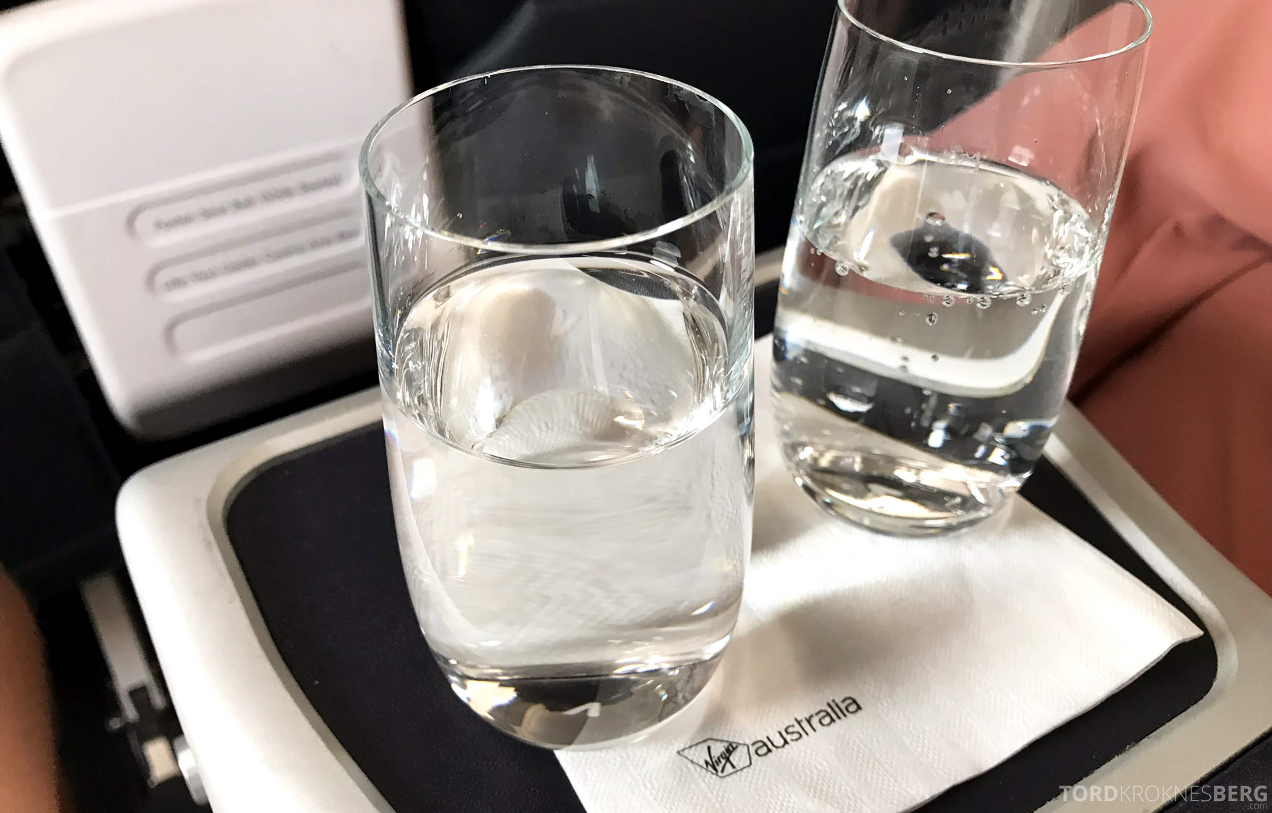 Virgin Australia Business Class Sydney Brisbane velkomstdrink
