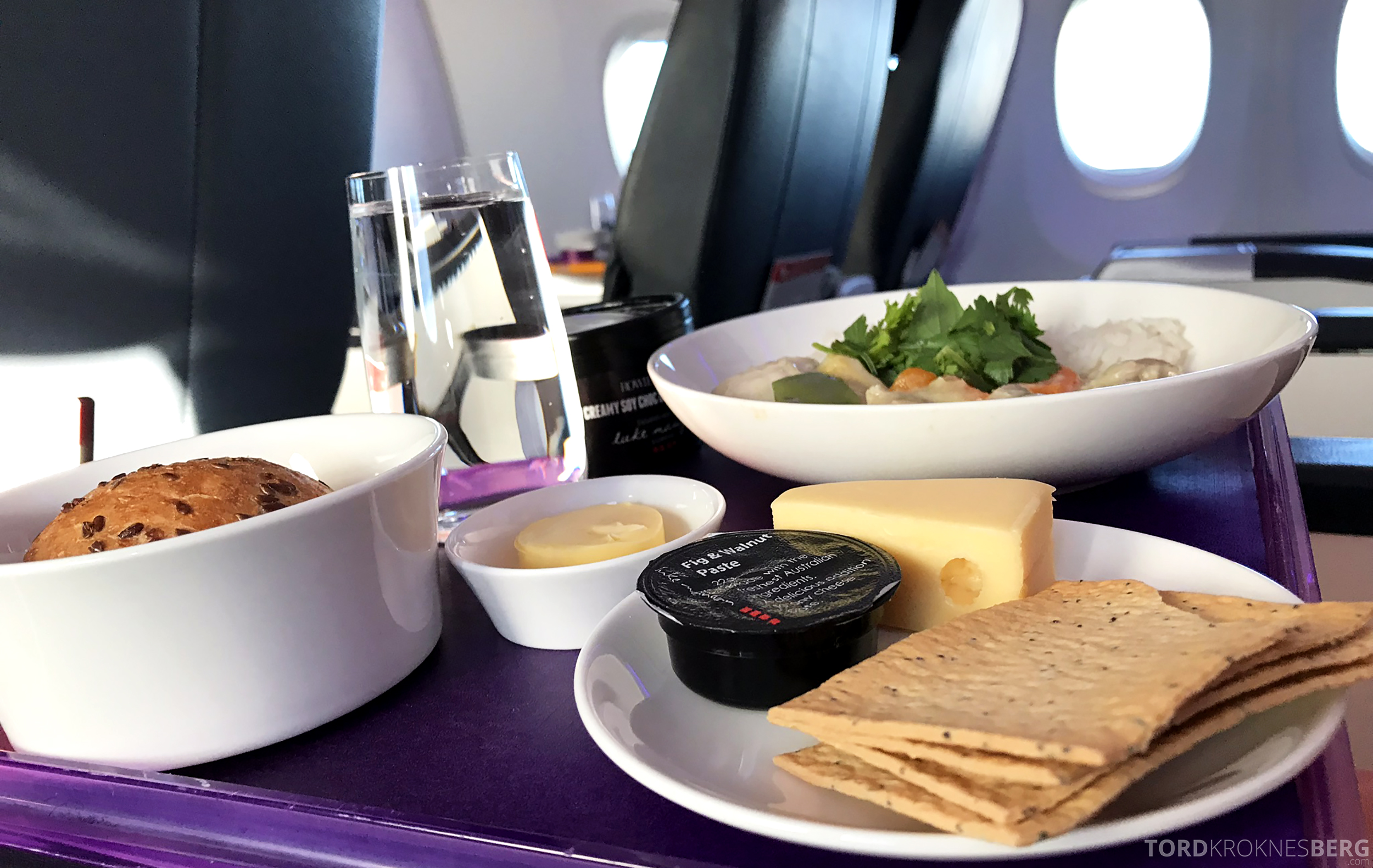 Virgin Australia Business Class Sydney Brisbane matbrett