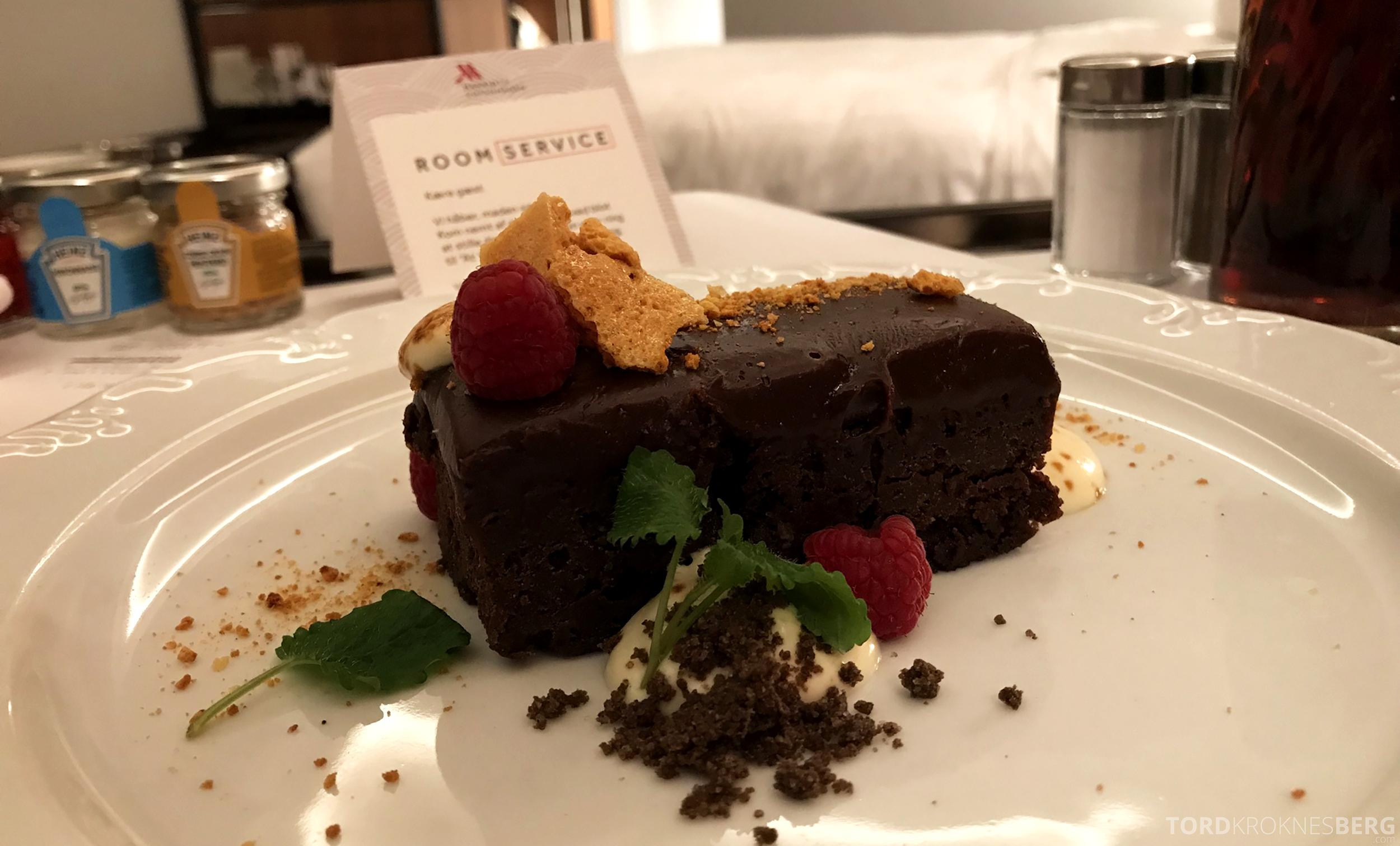 Marriott Copenhagen Hotel room service dessert