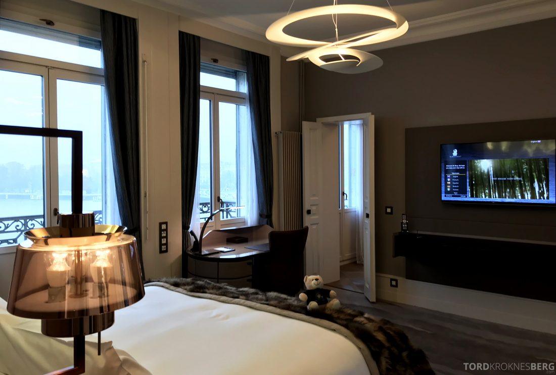 Ritz-Carlton Hotel de la Paix Genève seng utsikt