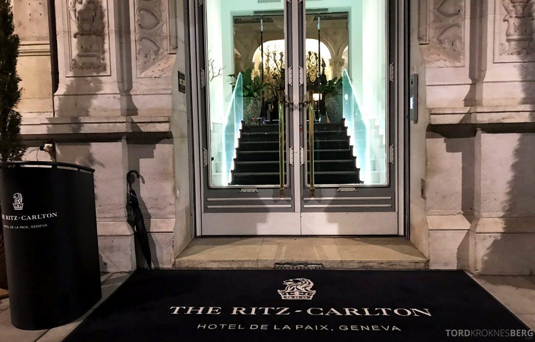 Ritz-Carlton Hotel de la Paix Genève inngang