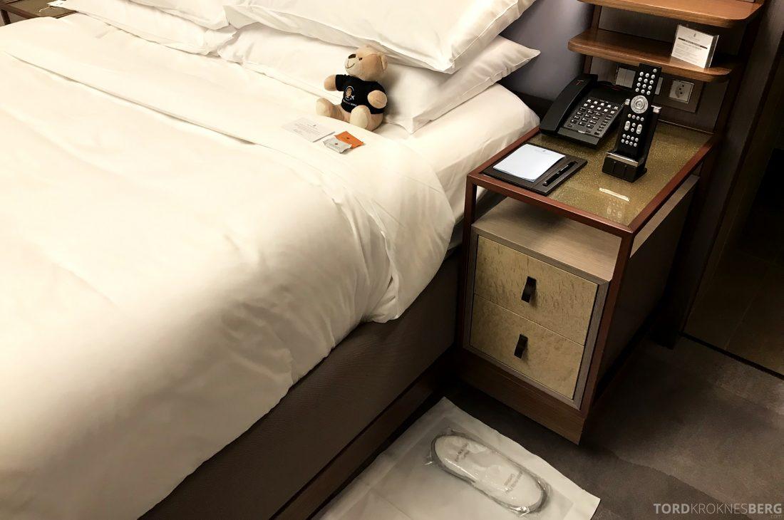 Ritz-Carlton Hotel de la Paix Genève turndown service