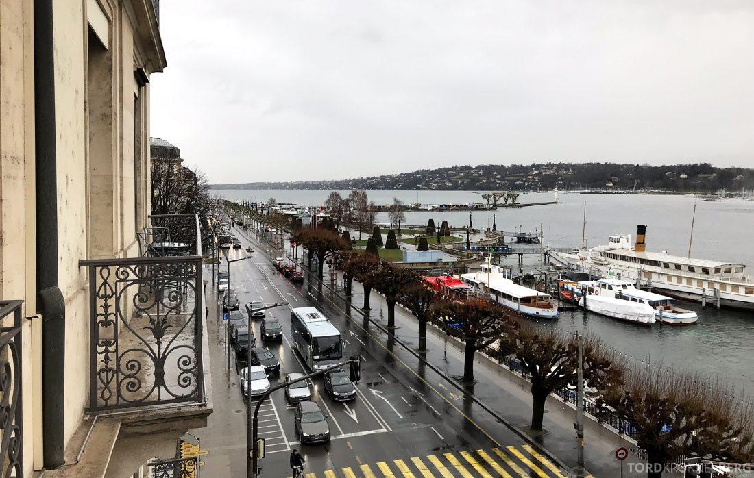 Ritz-Carlton Hotel de la Paix Genève utsikt
