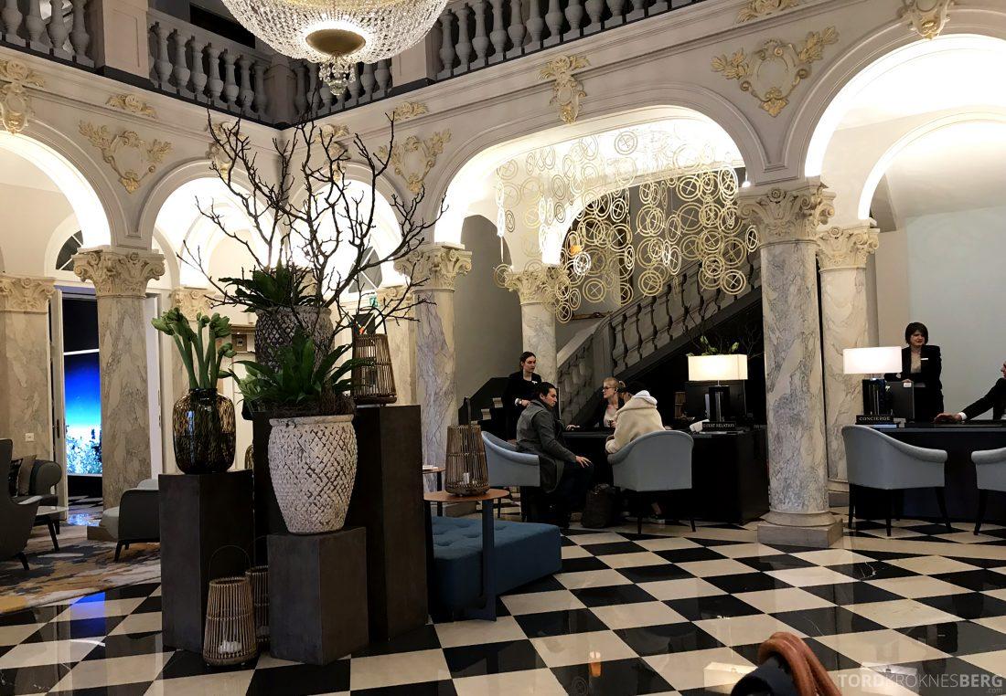 Ritz-Carlton Hotel de la Paix Genève lobby utsjekk
