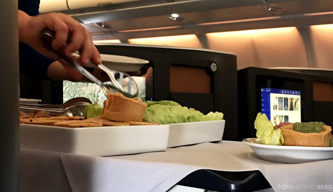 SAS Business Class Oslo Los Angeles lunch servering