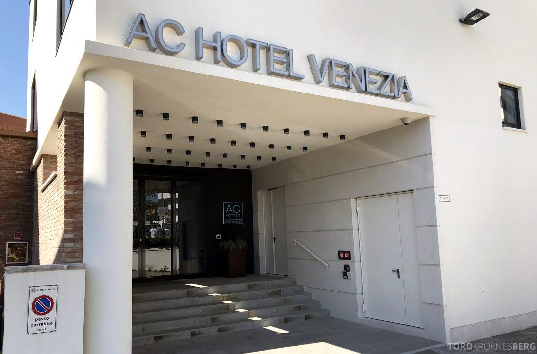 AC Hotel Venezia by Marriott inngangsparti