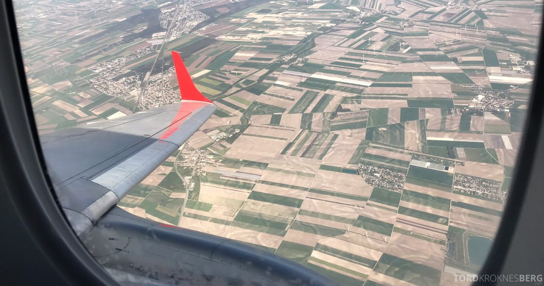 Austrian Economy Class Oslo Venezia landing