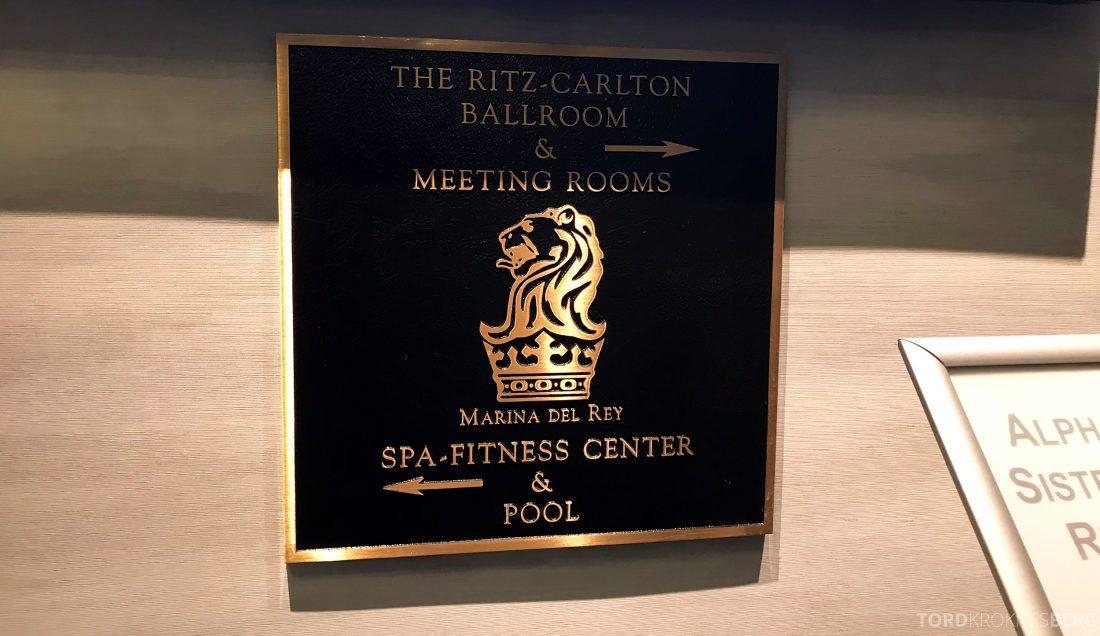 Ritz-Carlton Marina del Rey Los Angeles Hotel skilt