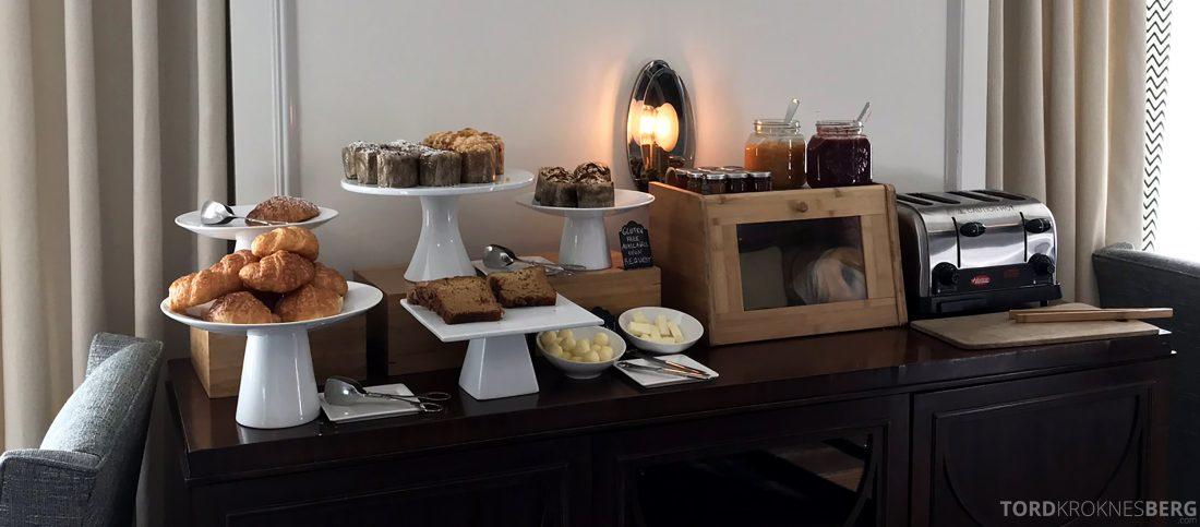 Ritz-Carlton Marina del Rey Los Angeles Hotel Club Lounge bakst til frokost