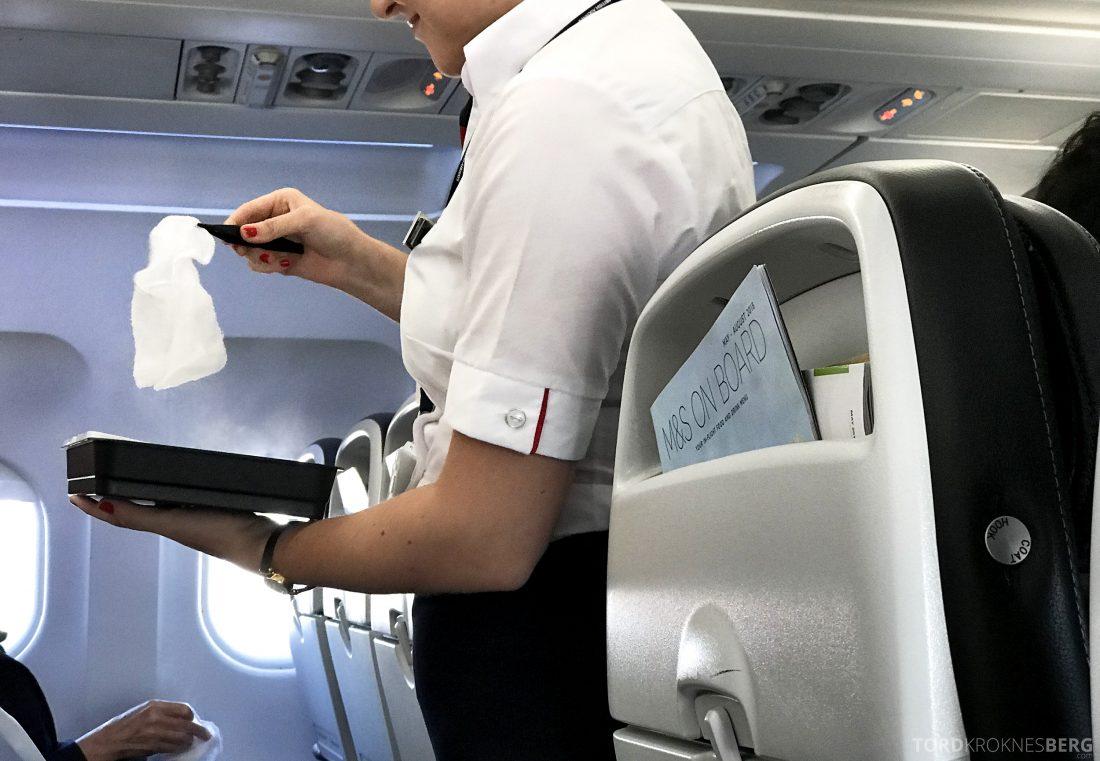 British Airways Business Class Oslo London varm klut