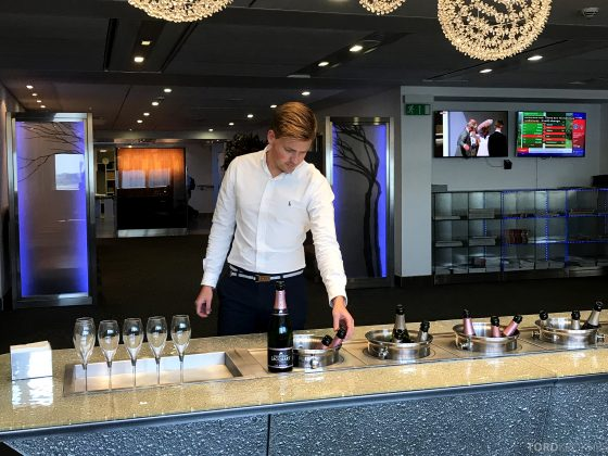 British Airways Galleries First Lounge Heathrow Tord Kroknes Berg champagne 2