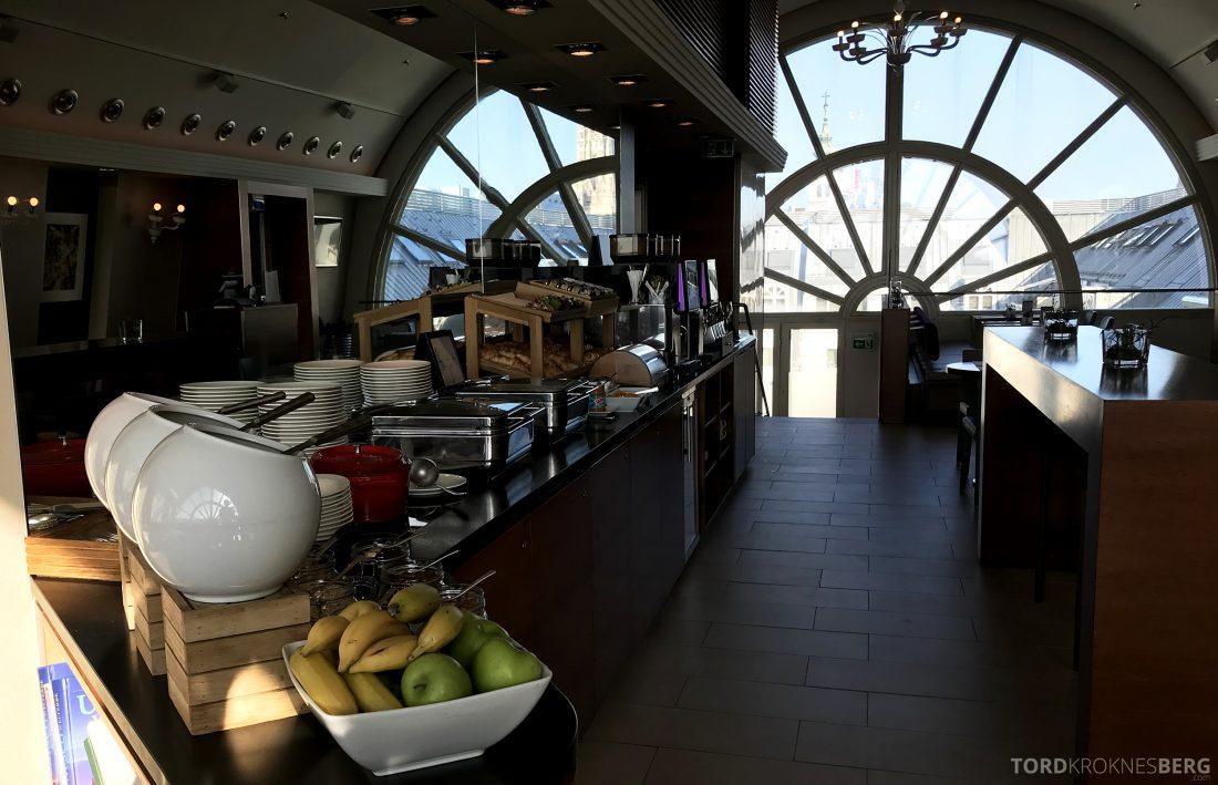 Marriott Vienna Hotel M Club Lounge frokost frokostbuffet