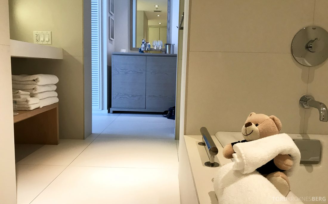 Miami Beach EDITION Hotel reisefølget badekar