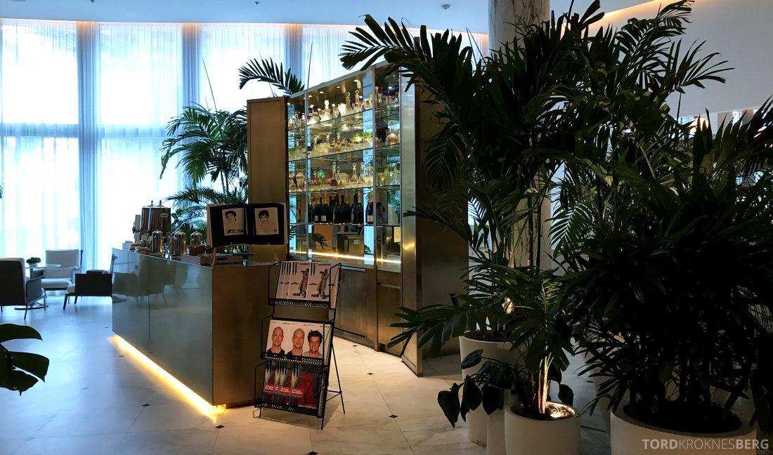 Miami Beach EDITION Hotel lobbybar