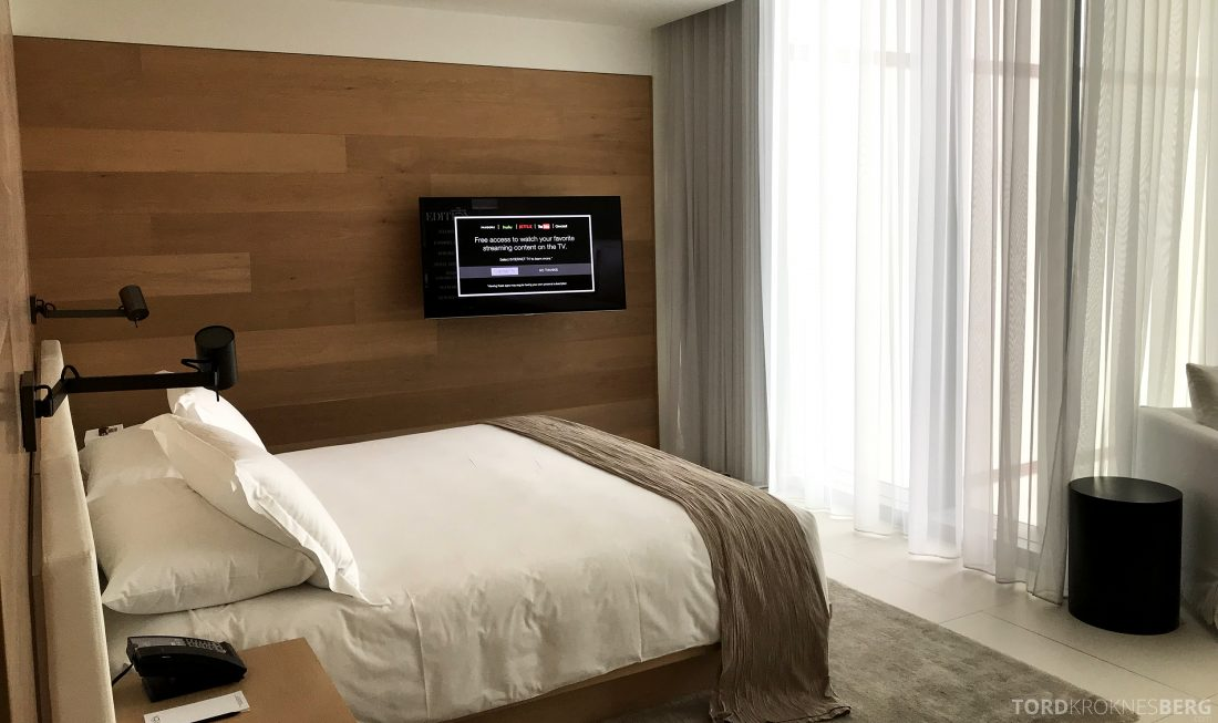 Miami Beach EDITION Hotel fjernsyn