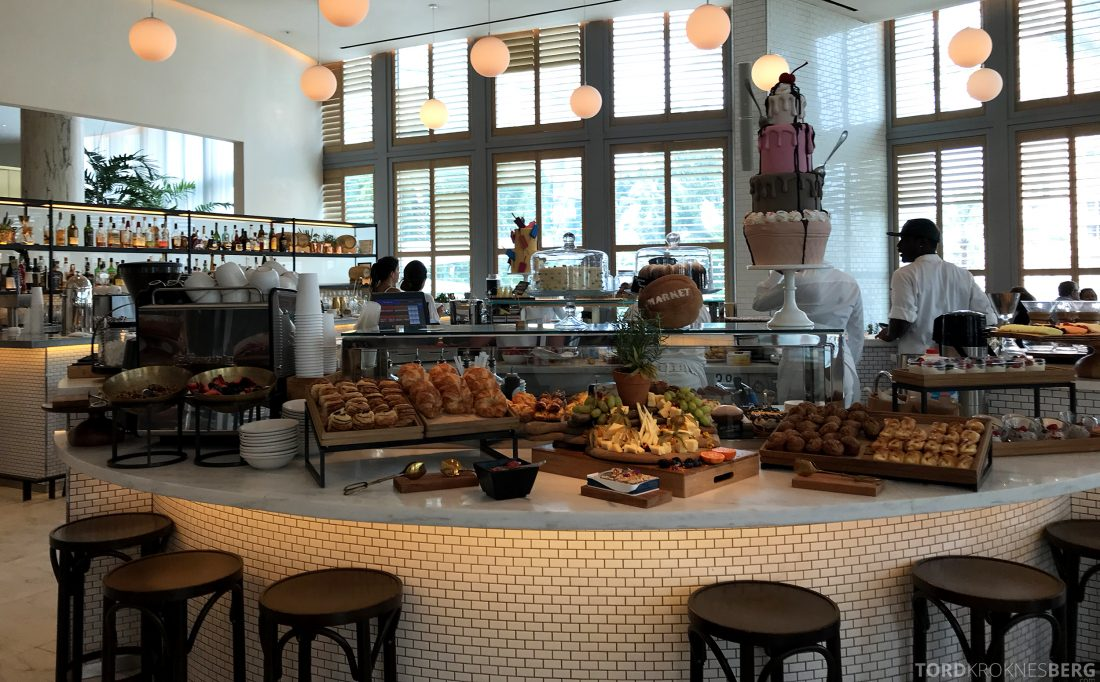 Miami Beach EDITION Hotel frokostbuffet