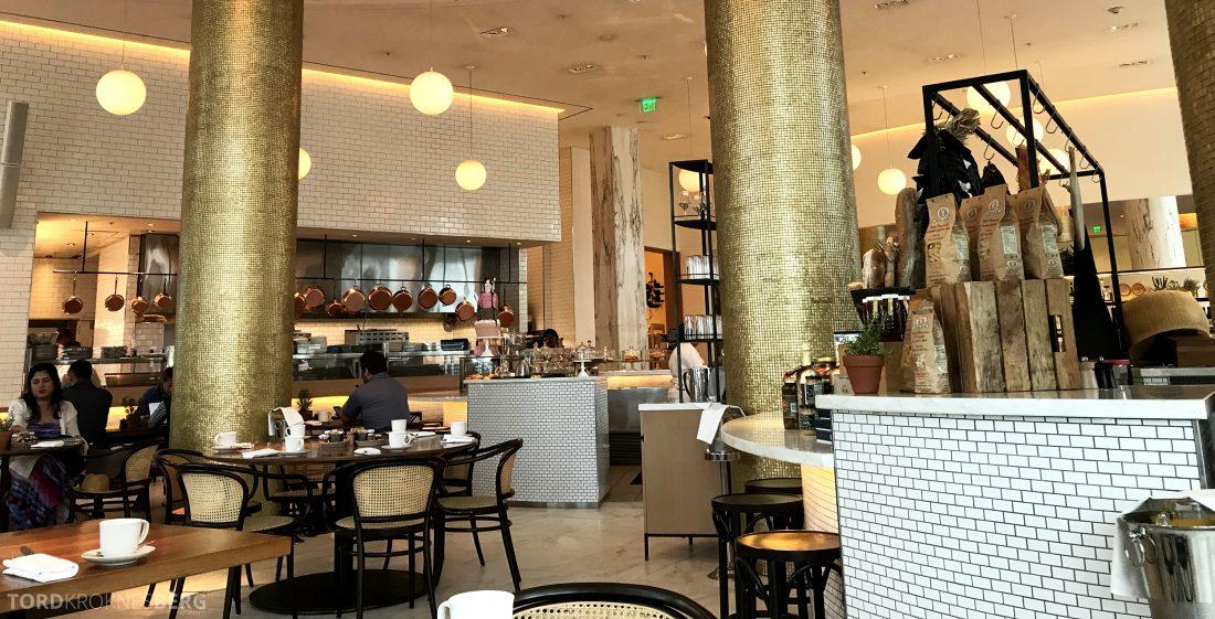 Miami Beach EDITION restaurant MARKET åpent kjøkken