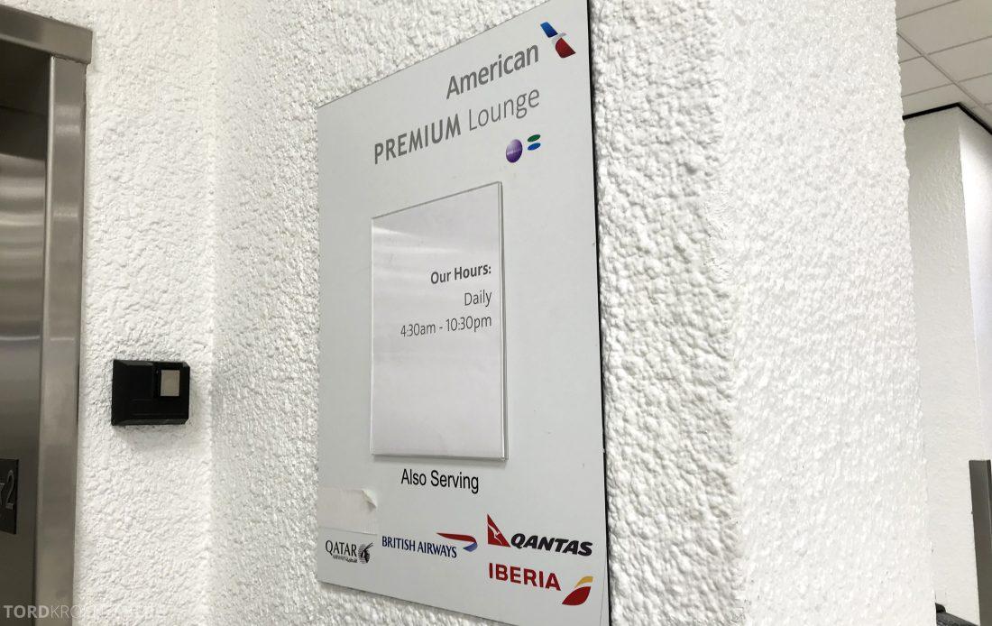 American Airlines Premium Lounge Miami heis