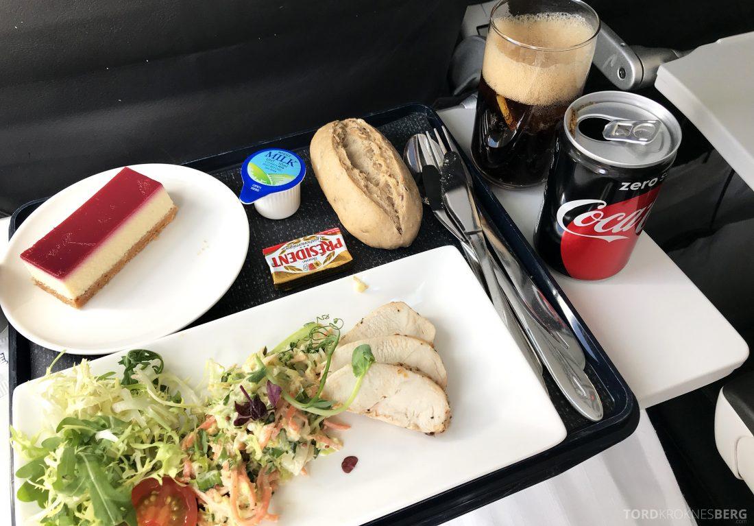 British Airways Business Class London Oslo kyllingsalat