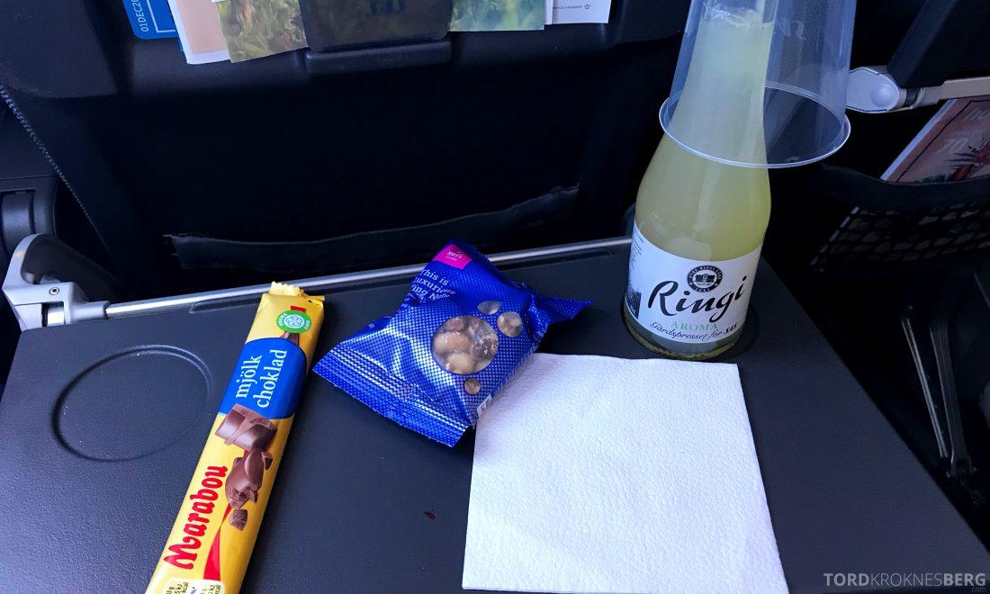 SAS Plus Oslo Praha snacks