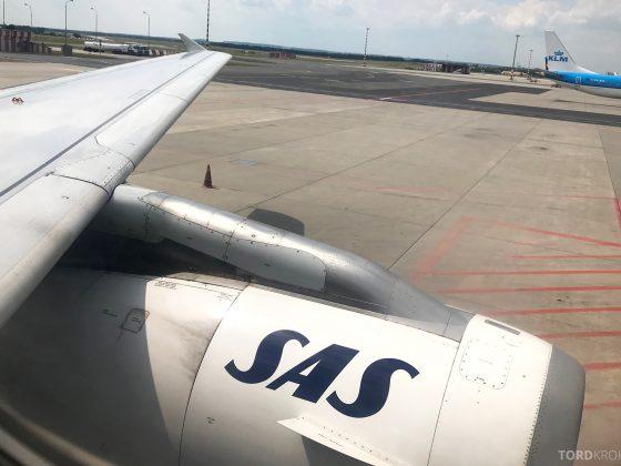 SAS Plus Oslo Praha vinge