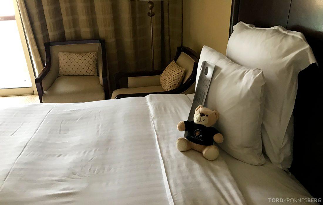 Marriott Doha Hotel reisefølget seng