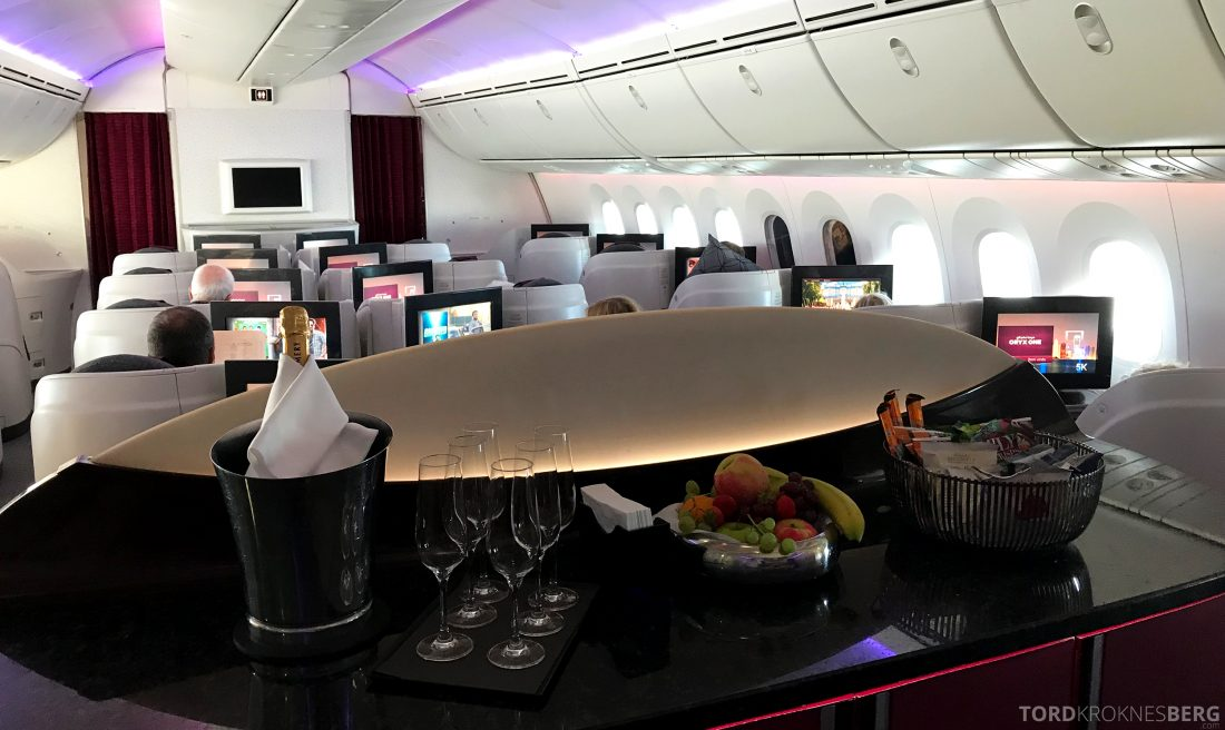 Qatar Airways Business Class Oslo Doha bar