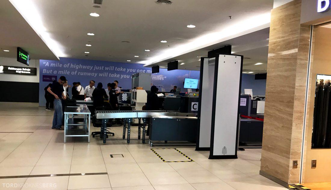 SilkAir Economy Class Penang Singapore sikkerhetskontroll