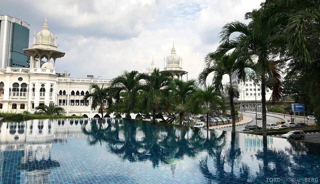 Hotel Majestic Autograph Collection Kuala Lumpur basseng utsikt