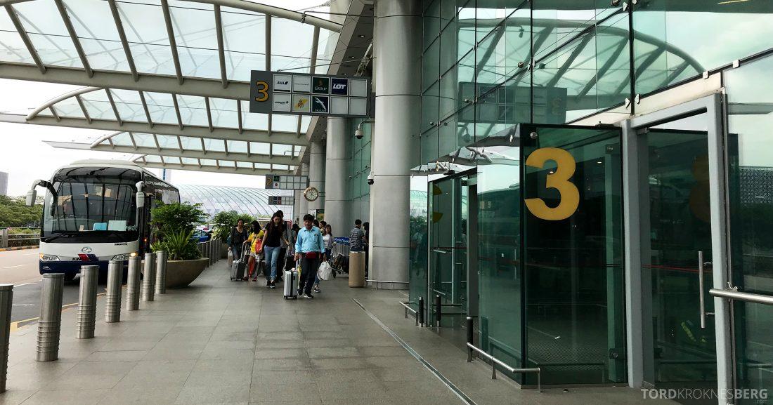 Malaysia Airlines Economy Class Singapore Kuala Lumpur terminal