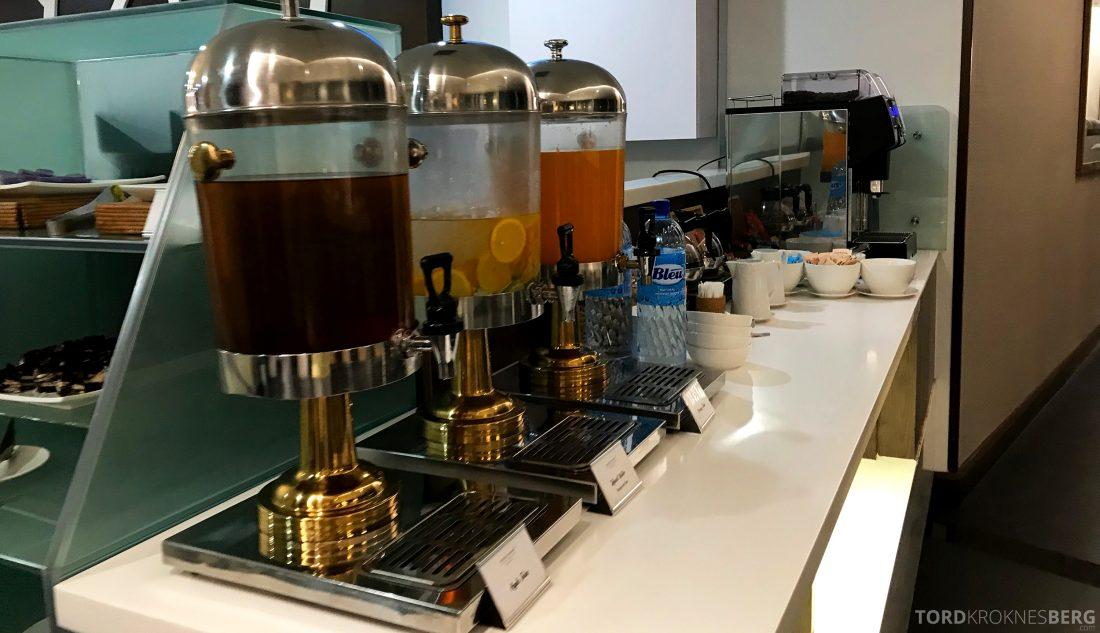 Malaysia Airlines Golden Lounge Kuala Lumpur juice