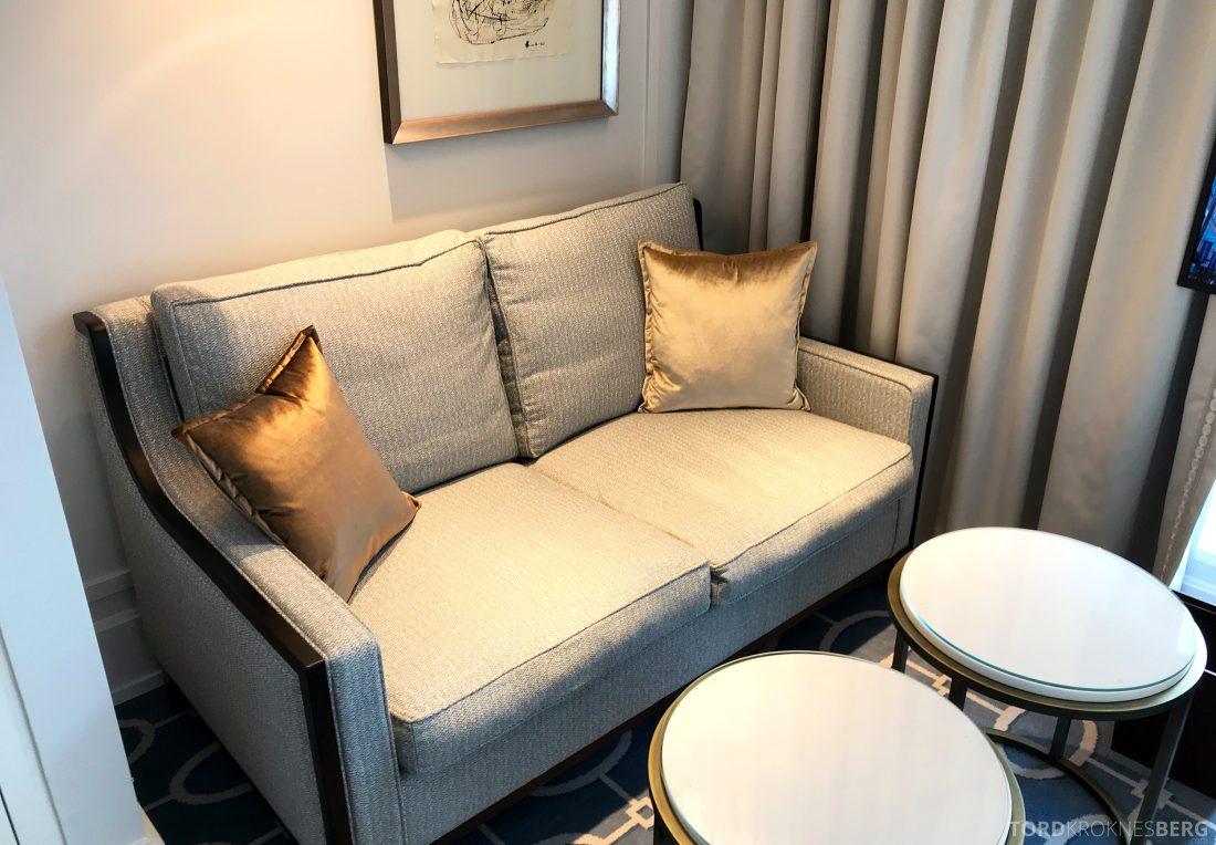 Hotel Continental Oslo sofa