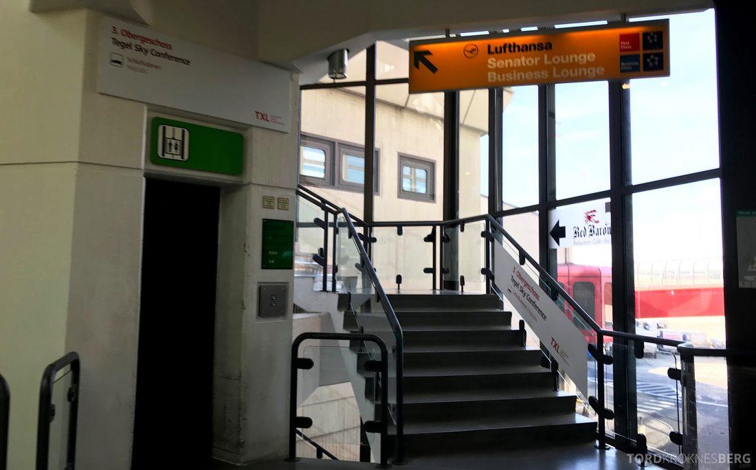 Lufthansa Senator Lounge Berlin trapp