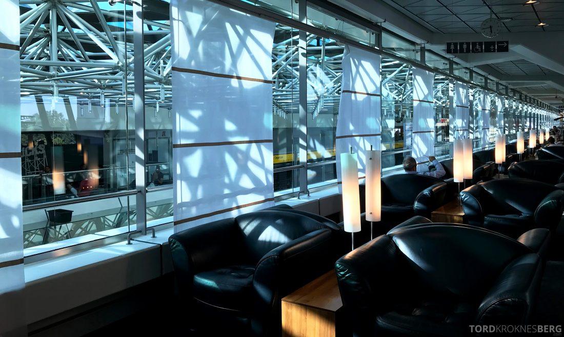 Lufthansa Senator Lounge Berlin skinnstoler
