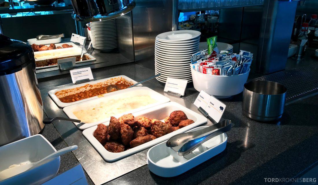 Lufthansa Senator Lounge Berlin kjøttkaker