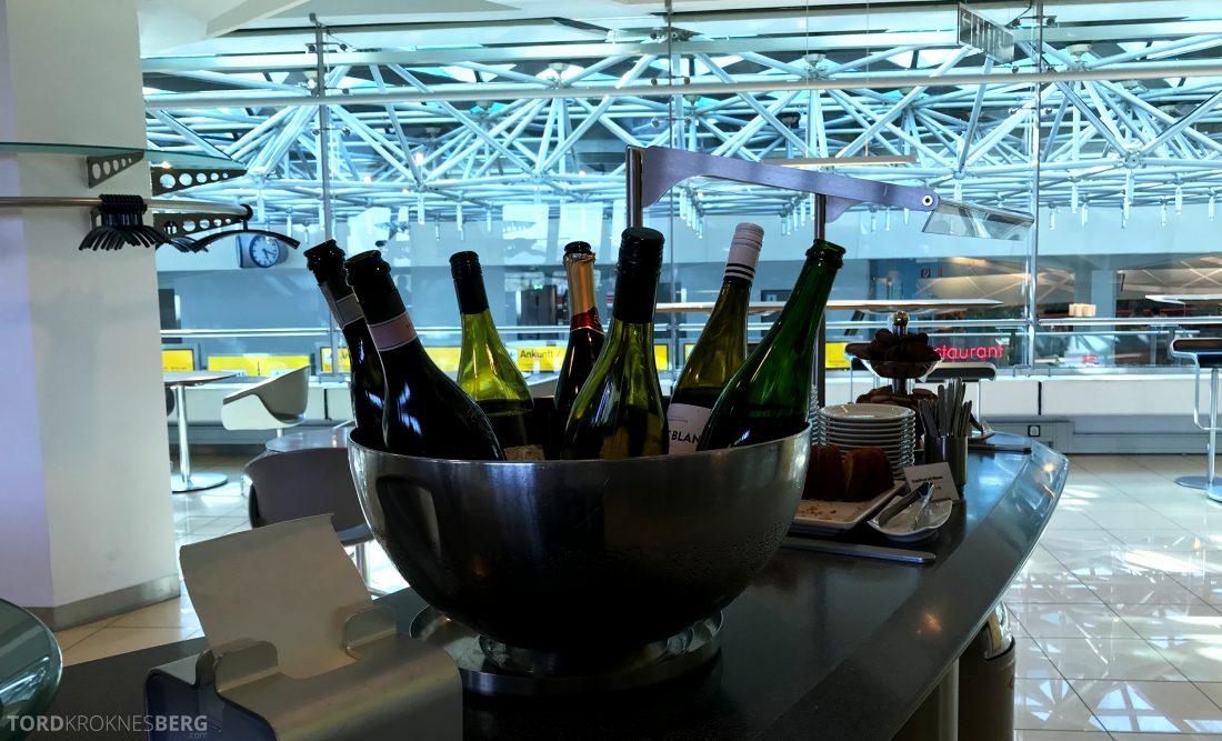 Lufthansa Senator Lounge Berlin vin