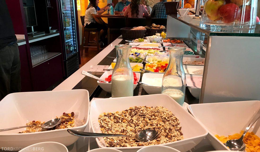 Marriott Berlin Hotel Executive Lounge frokostbuffet
