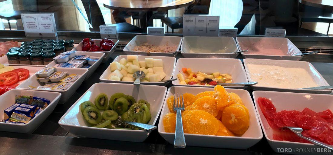 Marriott Berlin Hotel Executive Lounge frokost frukt