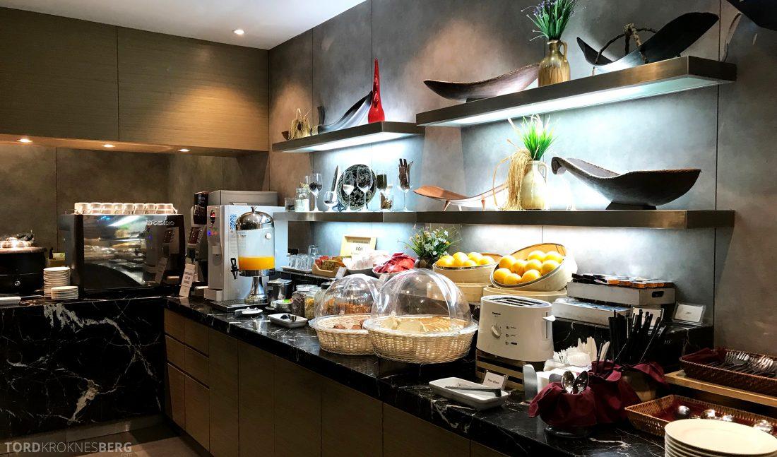 Plaza Premium Lounge Penang buffet