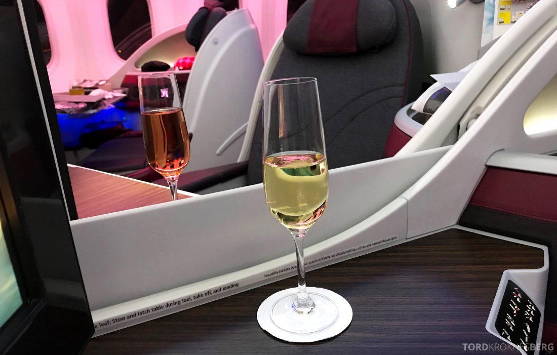 Qatar Airways Business Class Oslo Doha Penang drinker