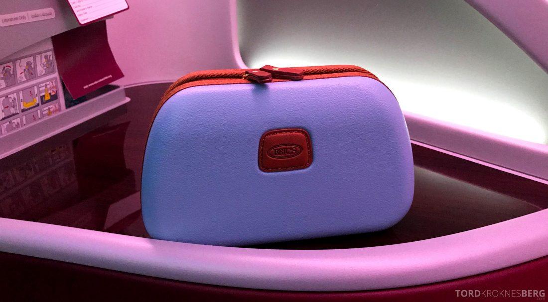 Qatar Airways Business Class Oslo Doha Penang toalettmappe