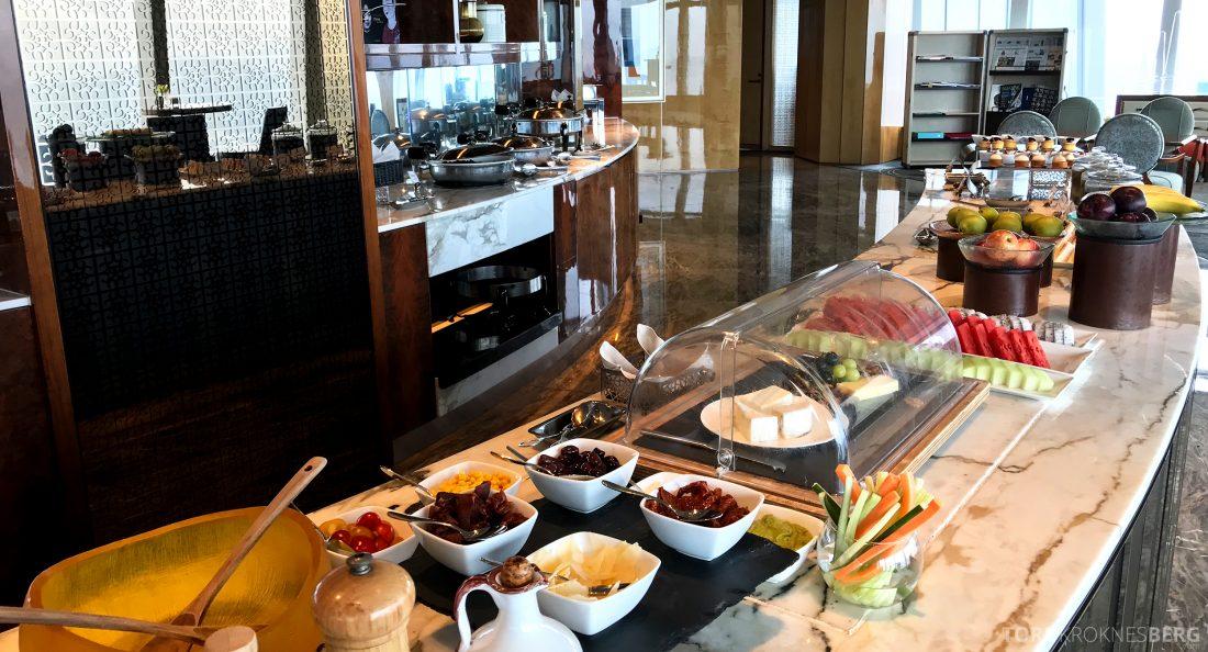 Ritz-Carlton Hong Kong Club Lounge lunchbuffet