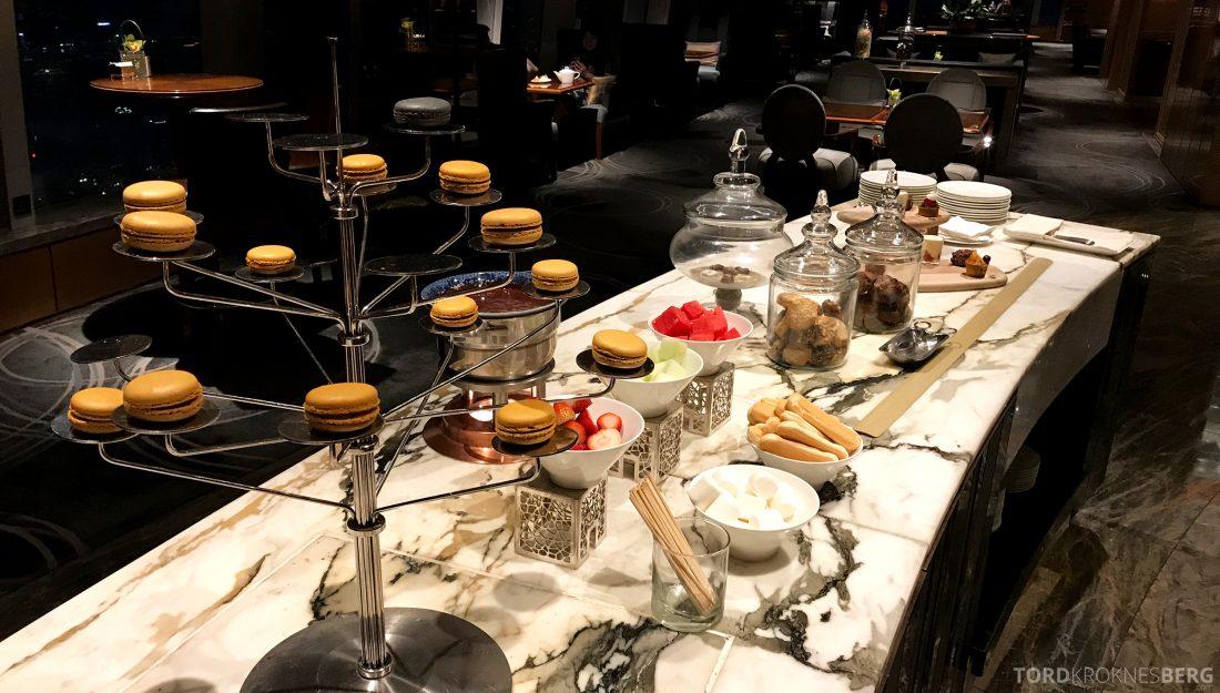 Ritz-Carlton Hong Kong Club Lounge kakebord