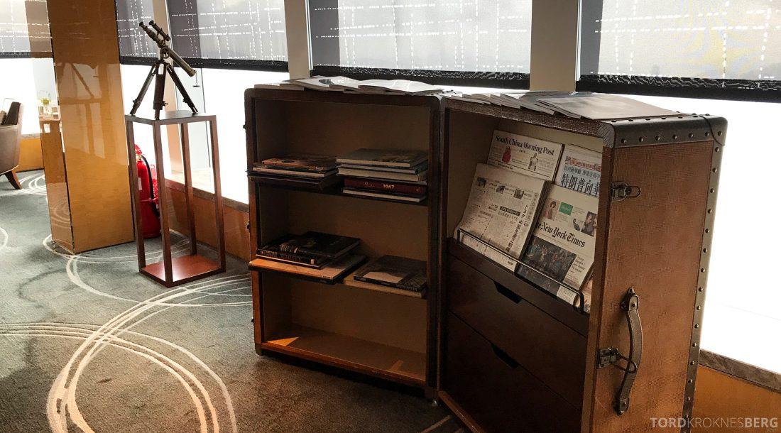 Ritz-Carlton Hong Kong Club Lounge aviser