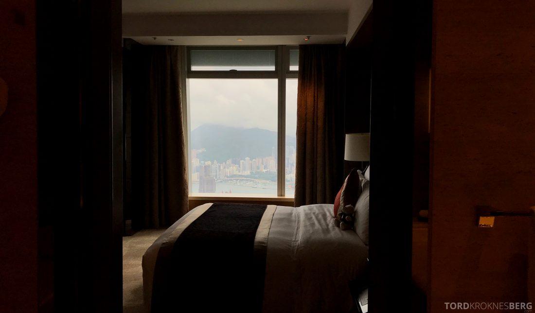 Ritz-Carlton Hong Kong Hotel sett fra badet