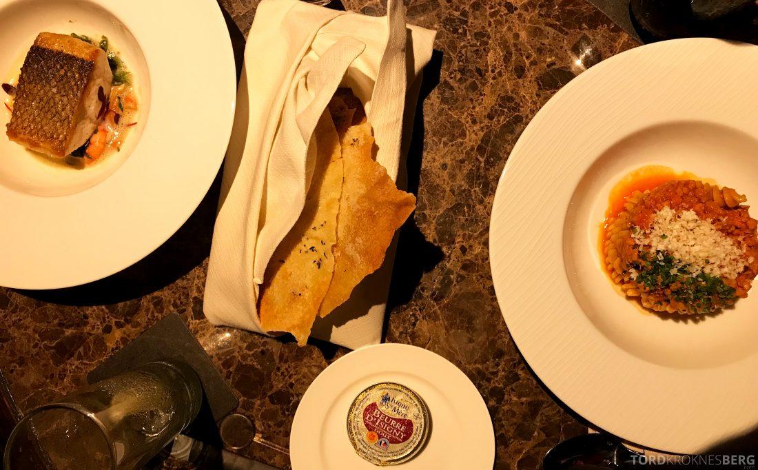 Ritz-Carlton Hong Kong Hotel Michelin